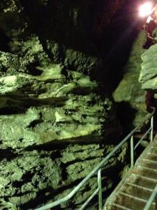 西海市の鍾乳洞